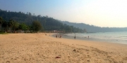 หาดนางทอง